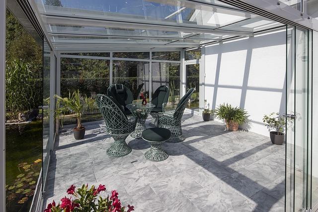 תכננו את הסלון החיצוני שלכם לקיץ והסתיו